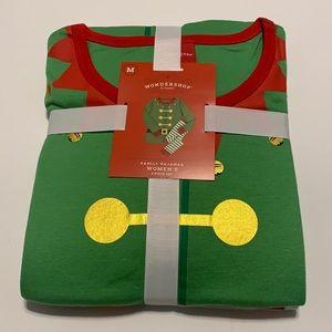 NWT 100% Cotton Elf Pajama Set Size Medium